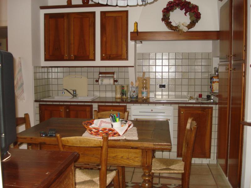 Dettaglio vetrina pordenone for Piani di sauna seminterrato